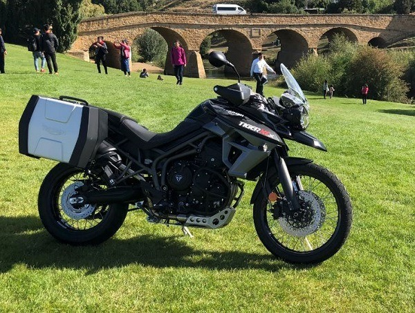 Triumph Tiger 800 Xcx low seat height